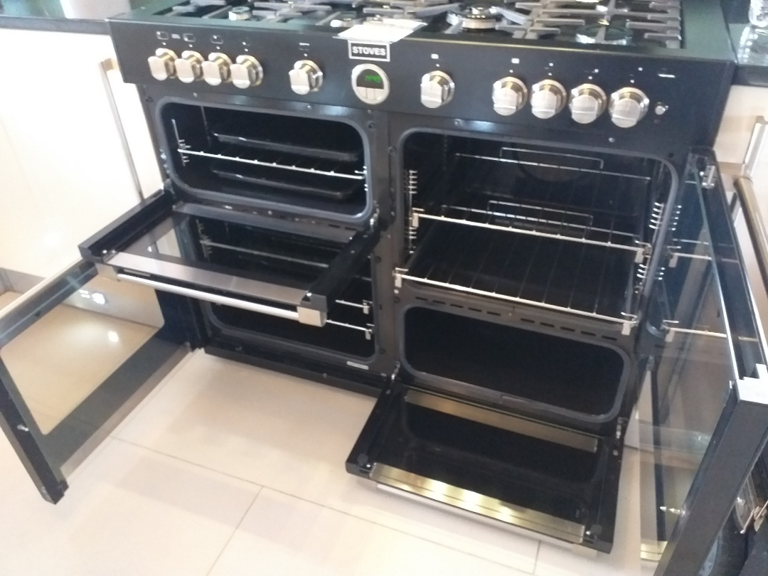 Manchester, Greater Manchester - D/O Stoves Range @ M35 9WN