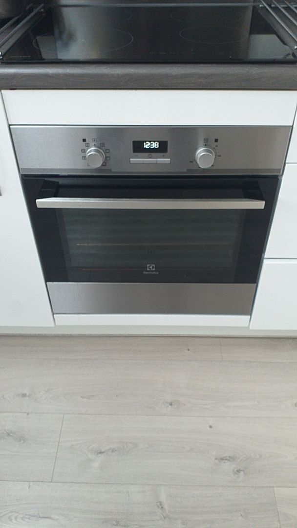 ELECTROLUX Single oven