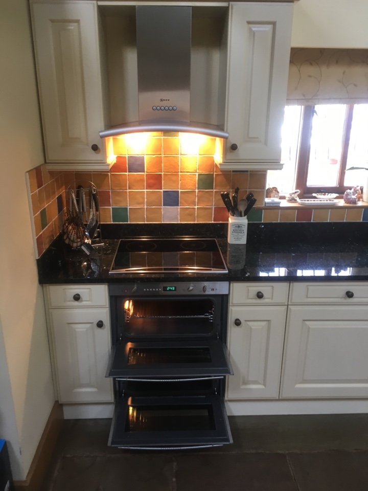 Wolverhampton, Staffordshire - Double Neff oven & extractor