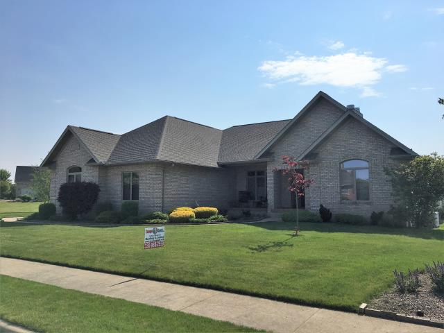 New Philadelphia, OH - What a magnificent home - and the GAF Timberline HD Weatherwood shingles look pretty good also!