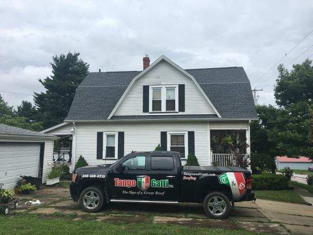 Brewster, OH - What a lovely home with GAF Timberline HD Pewter Gray shingles