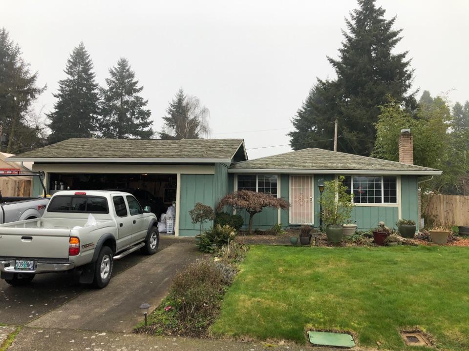 Eugene, OR - Asphalt shingle roof replacement