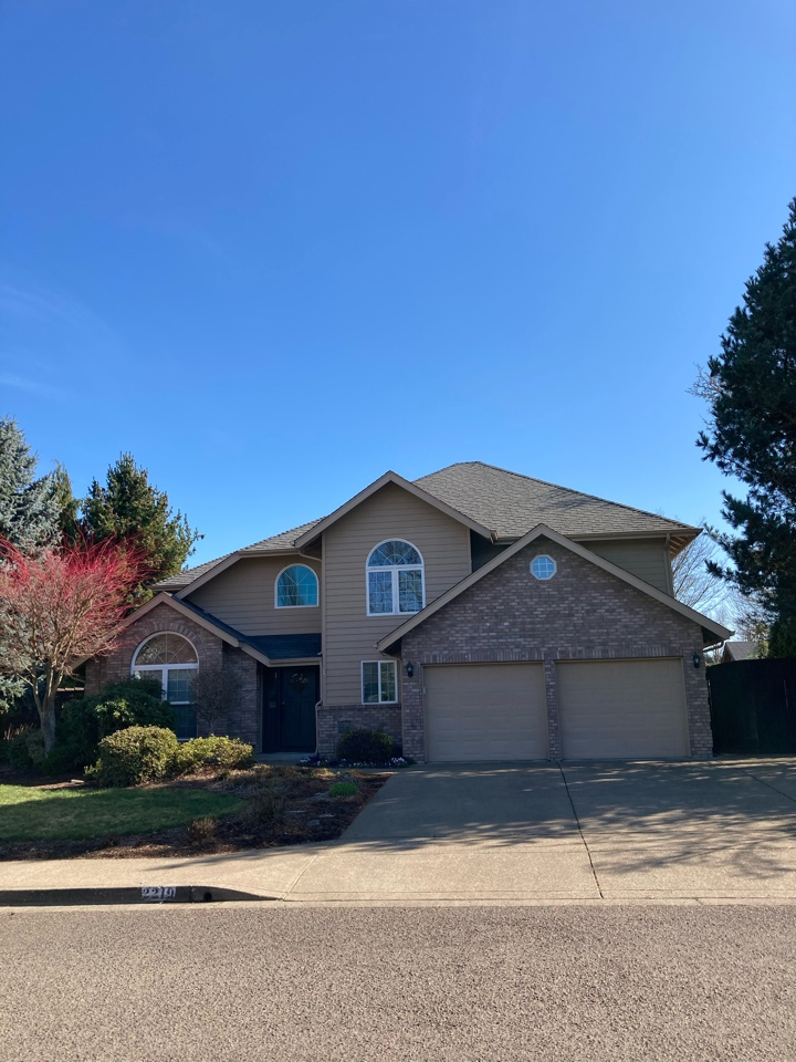 Eugene, OR - New roof and skylight estimates