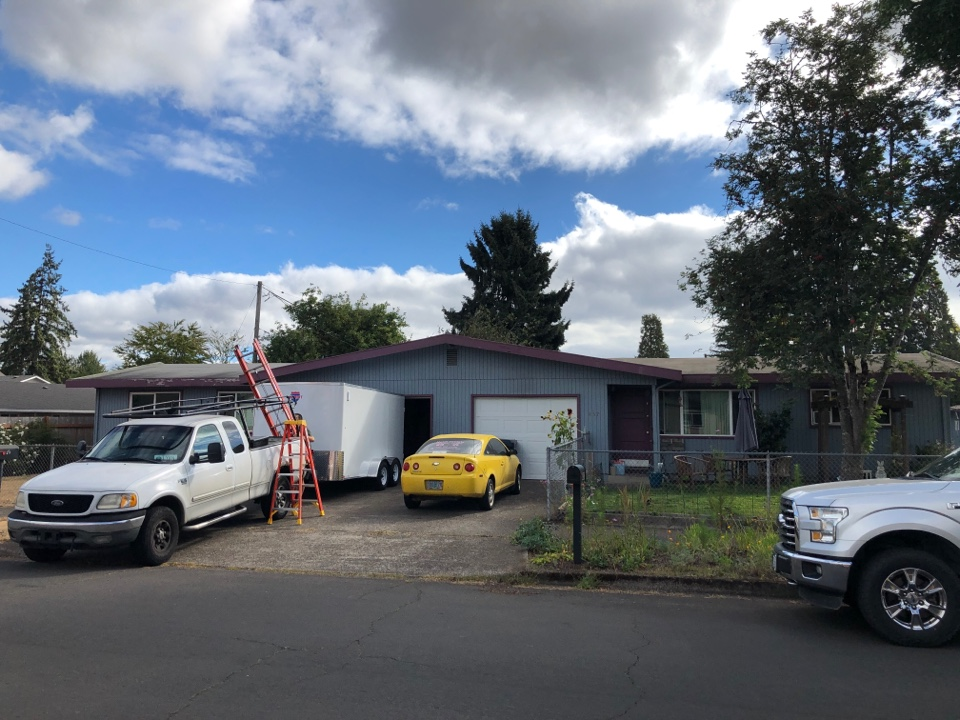 Springfield, OR - Bidding to install a new membrane roof.