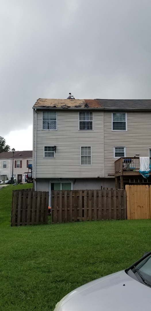 Essex, MD - Replaced bad plywood and then roof replacement with Timberline HDZ Weathered Wood shingles.
