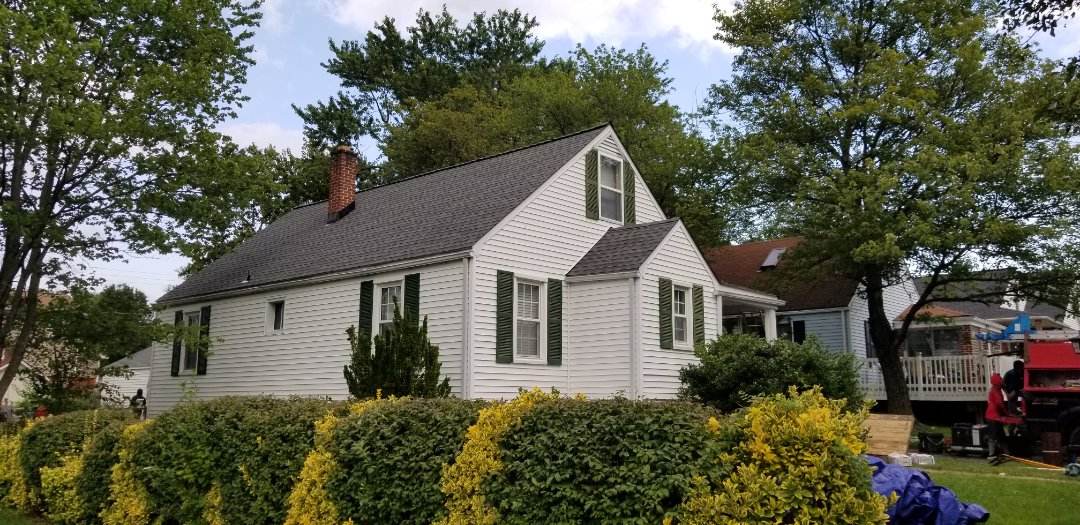 Parkville, MD - Another finished roof installation using GAF Timberline HDZ in Pewter gray.