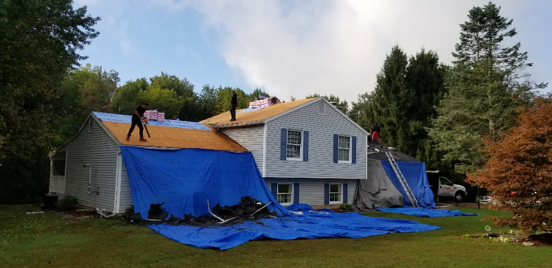 Parkton, MD - Total roof replacement installation with Owens Corning in Harbor Blue.
