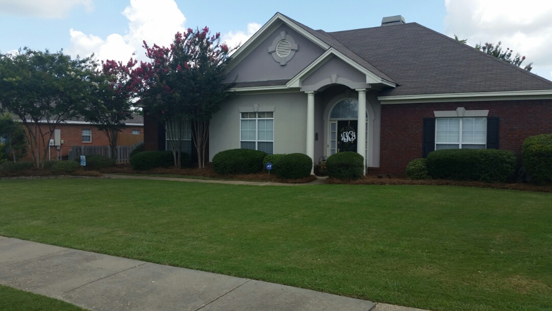 Montgomery, AL - Landscape Maintenance Clean Up Services after completion photos