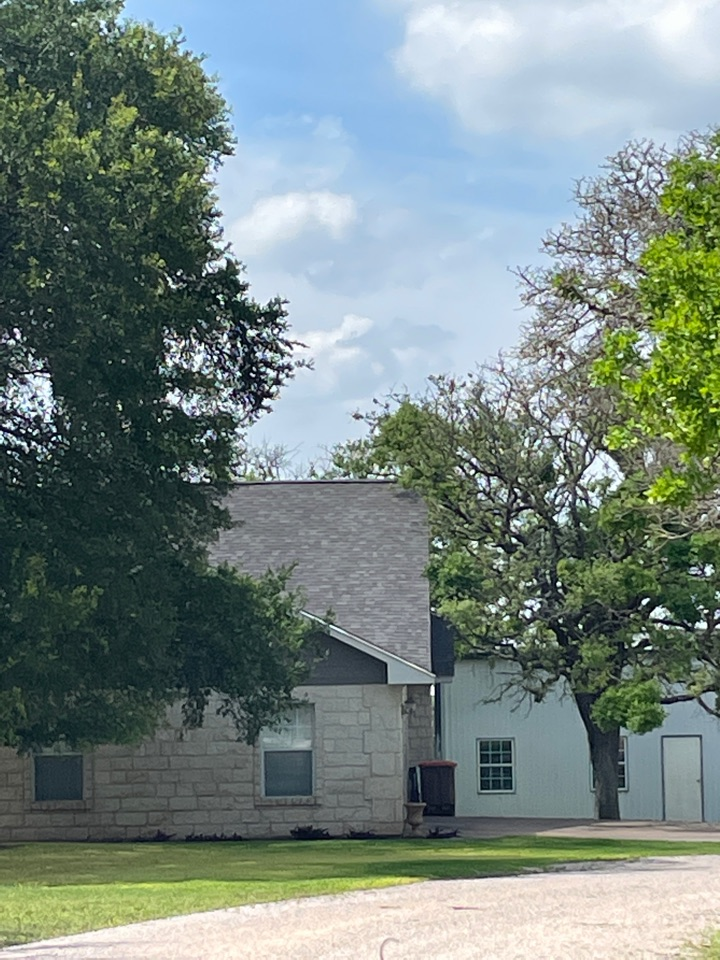 Marble Falls, TX - Remove and replace 30 year architectural laminated shingles