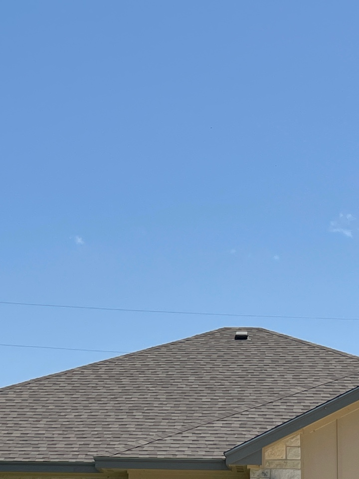 Cottonwood Shores, TX - New residential composite Roof