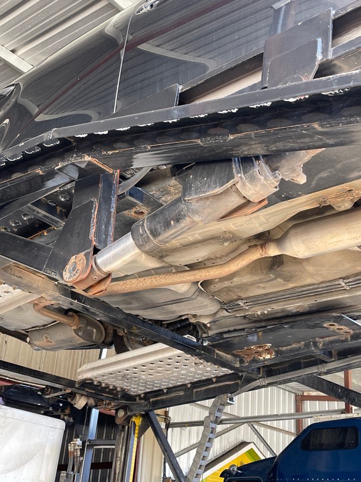 Sugar Land, TX - Hydraulic cylinder repair