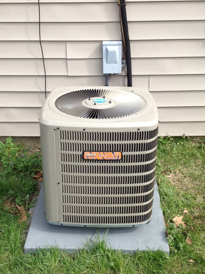 Centreville, IL - Another 100% Satisfied Homeowner!!  Tiger replaced their Kenmore Furnace and Air Conditioning System with a brand new Tiger Signature Series Heating and Cooling System!!!