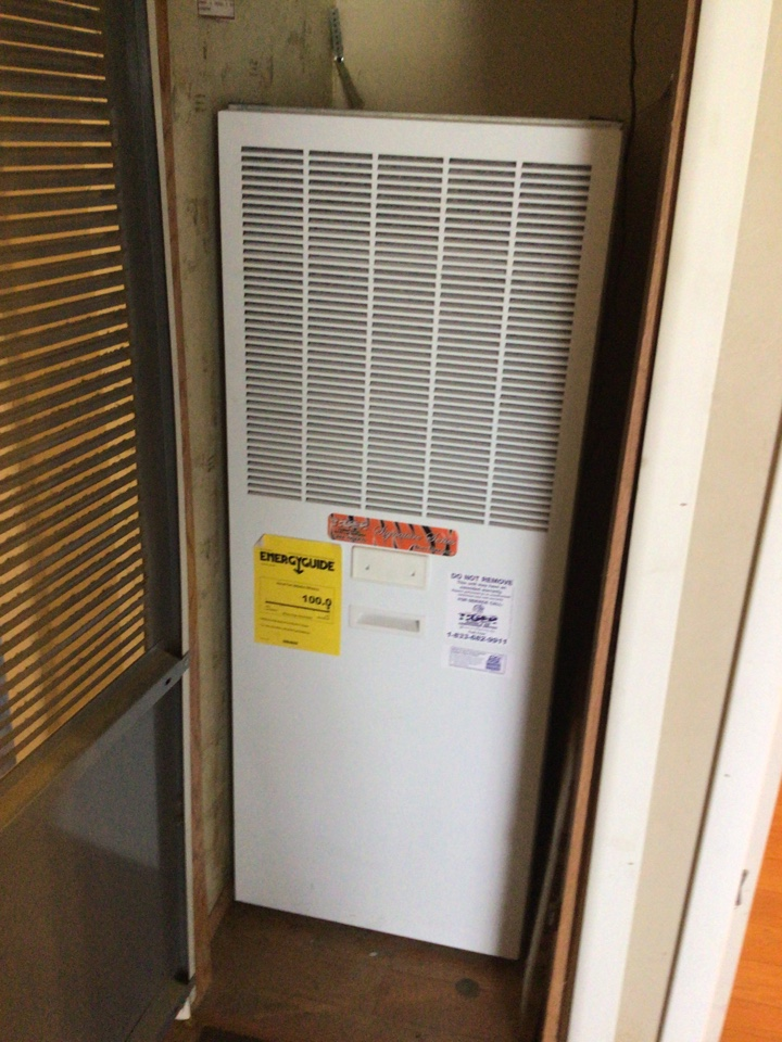 Sorento, IL - Installed Tiger Signature series Electric Furnace