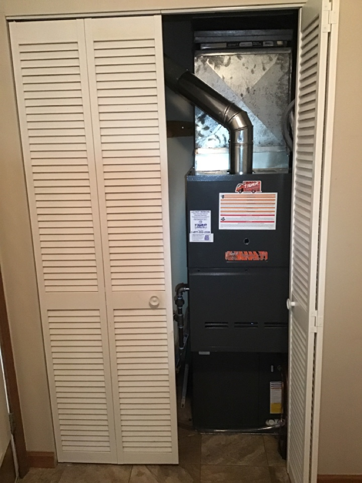 Chatham, IL - Install newTiger Signature Series gas furnace and air conditioner with static filter