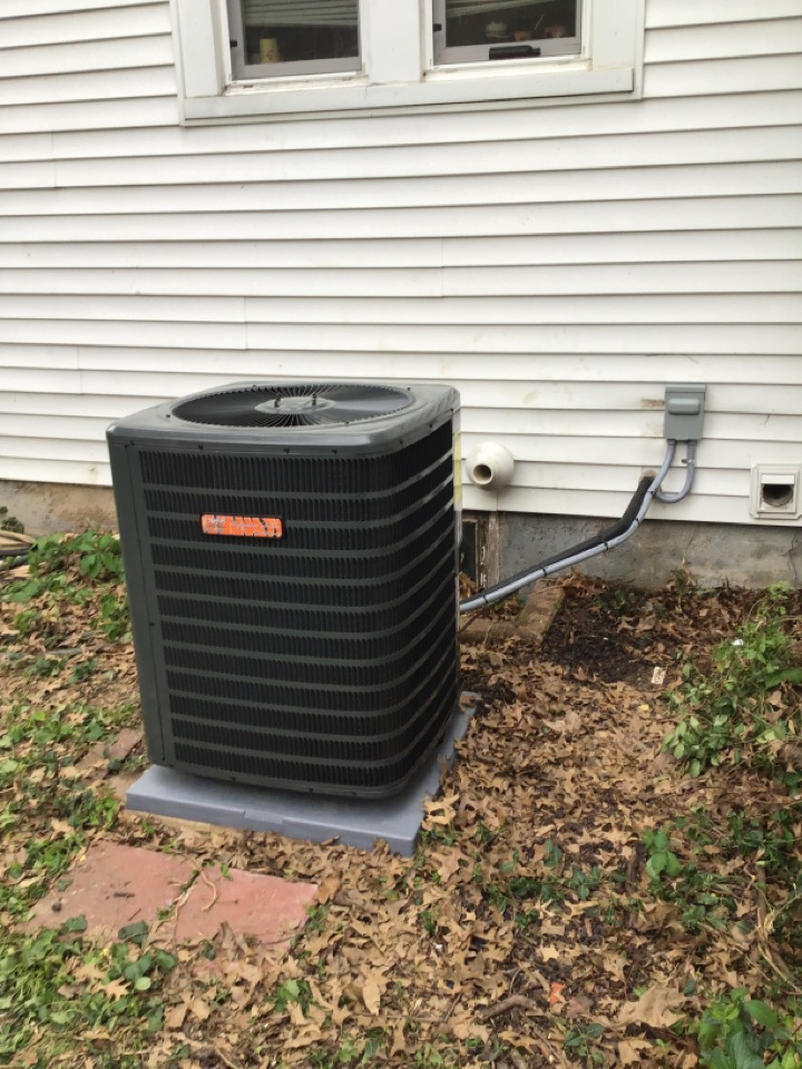 Greenville, IL - Installed new Tiger Signature Series gas furnace and air conditioner with static filter.