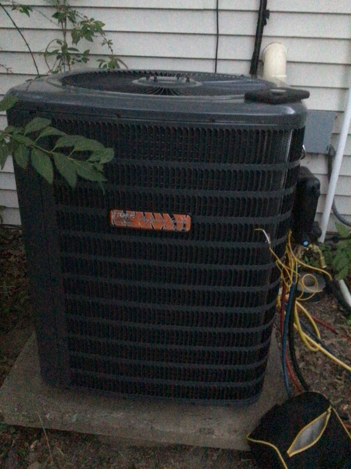 Glenarm, IL - Installed tiger signature series gas furnace and AC