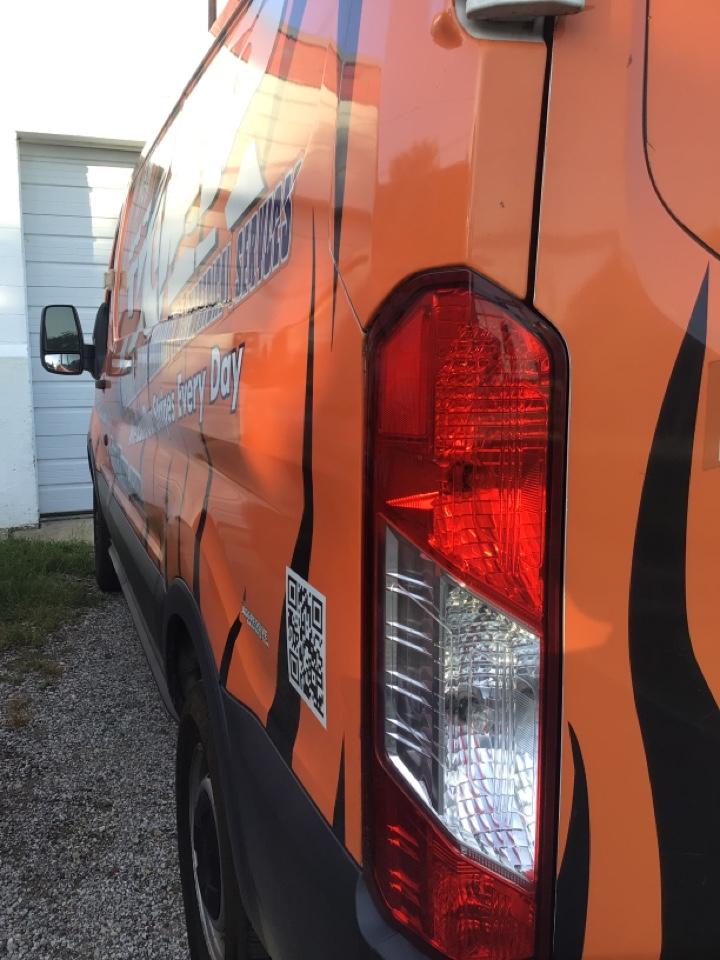 Bloomington, IL - Van