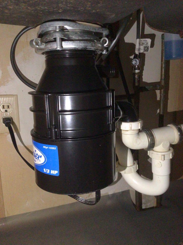 Bloomington, IL - Fixed garbage disposal