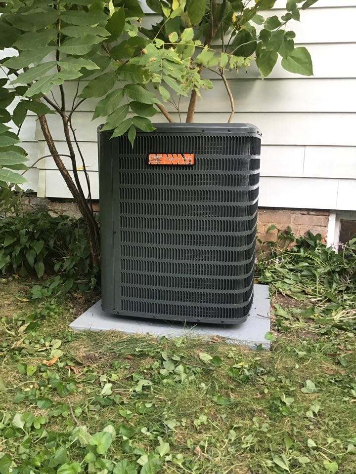 Bloomington, IL - Installation of a Tiger Signature Series whole home comfort system.