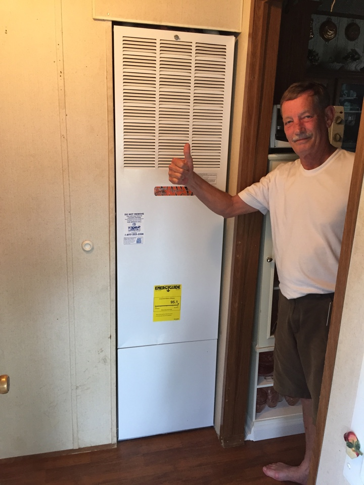 Trenton, IL - Heating and cooling service call. Installing a new tiger signature series 95% furnace and 16 seers ac for our new valued customer and bringing it up to code