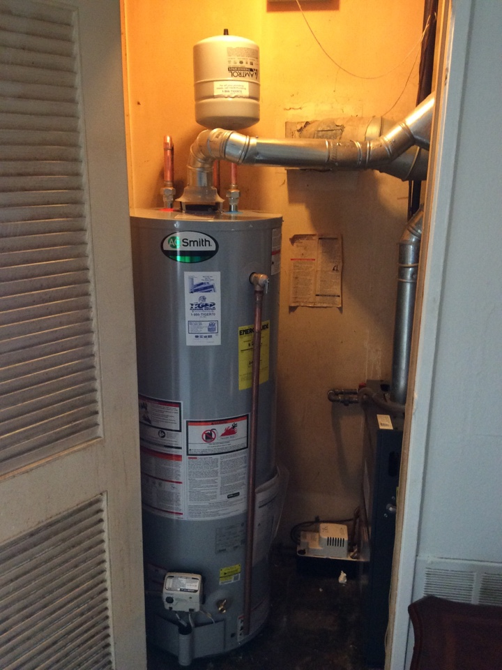 Centreville, IL - Plumber needed for a plumbing service call. Updating an old gas water heater, installing a new AO smith natural gas water heater, with new shut off valve and expansion tank.