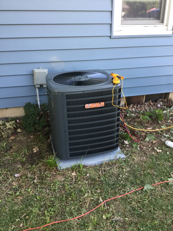 Shiloh, IL - Hvac tech needed to install tiger signature series AC and furnace