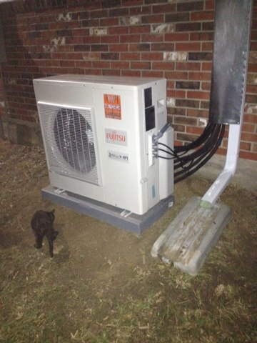 Bunker Hill, IL - Installed new Fijitsu three head heat pump system.