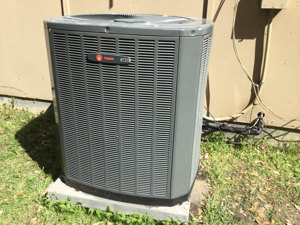 Carrollton, TX - Condenser fan motor replaced on this 2007 Trane unit.