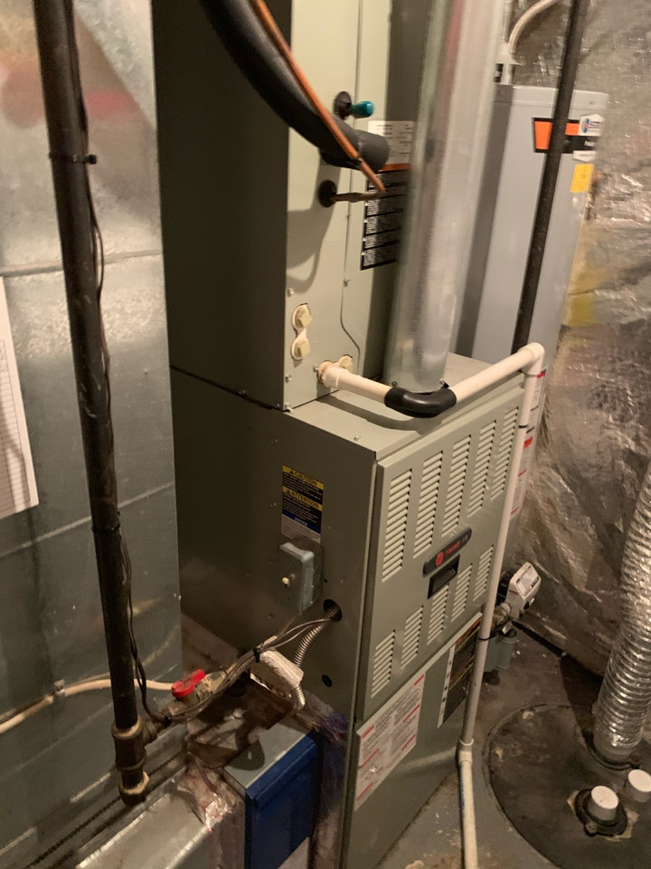 Fairfax, VA - Performed Fall preventive maintenance on Trane Gas Furnace.