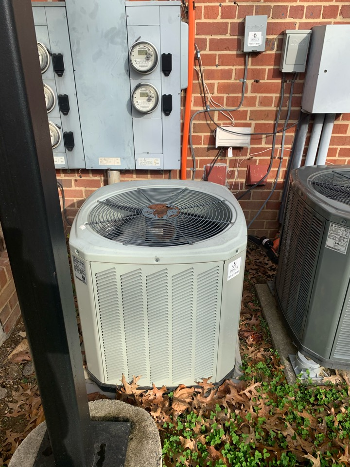 Arlington, VA - Performed preventive maintenance on Trane Heat Pump system.