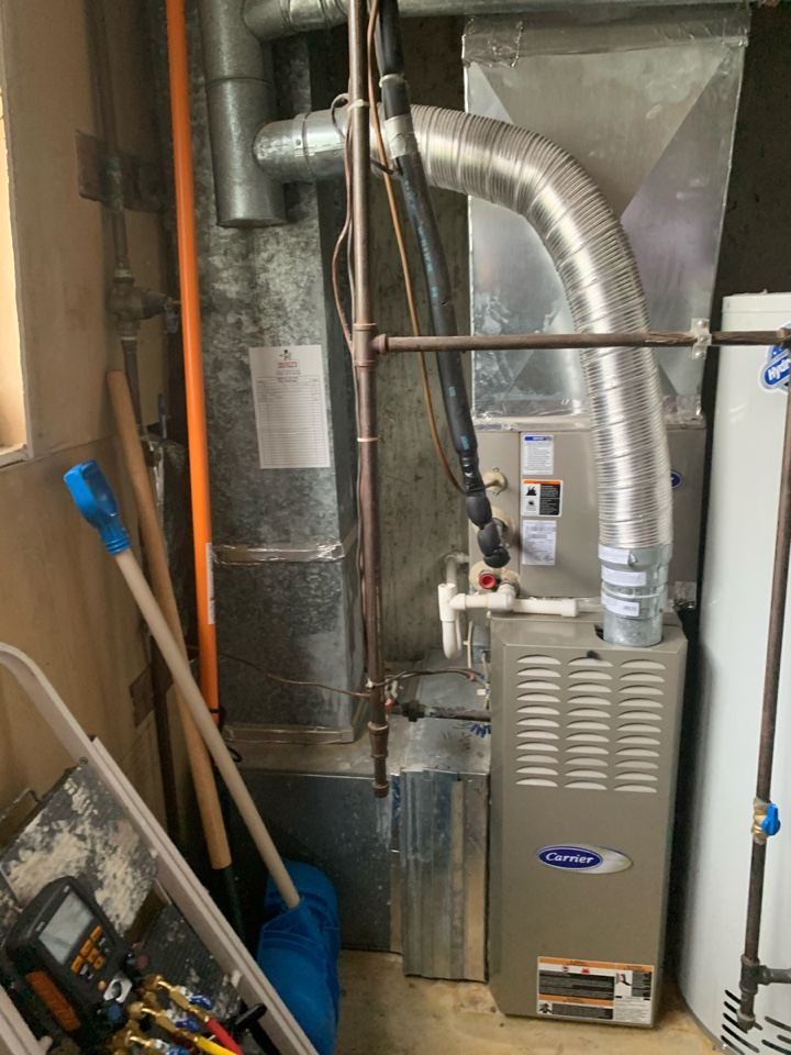 Alexandria, VA - Performed Fall preventive maintenance on Carrier Gas Furnace.