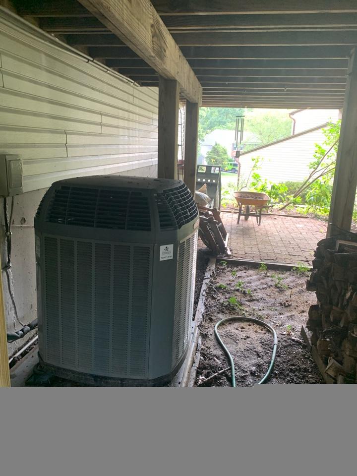 Springfield, VA - Performed preventive maintenance  and repair on Trane Heat Pump system.