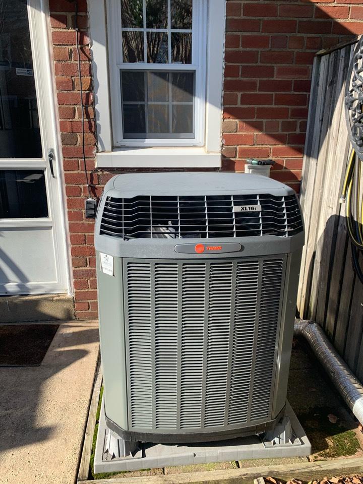 Arlington, VA - Performed repair on Trane Heat Pump. Fairlington