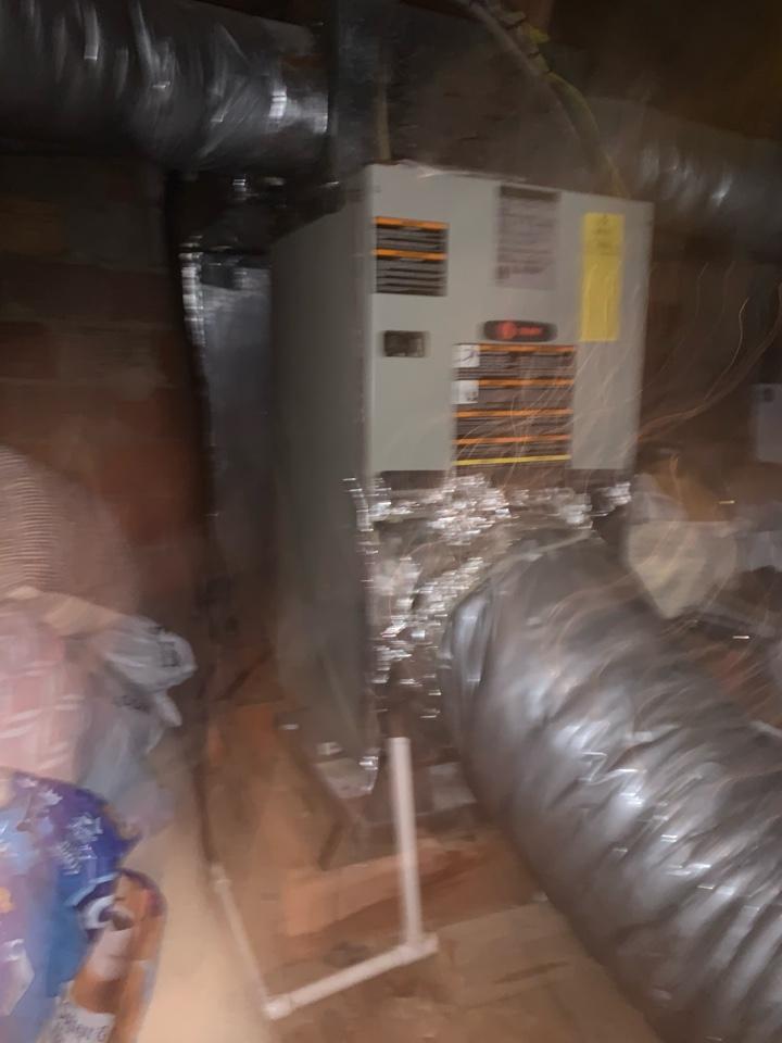 Arlington, VA - Performed diagnostics on Trane Air Handler & Heat Pump system.