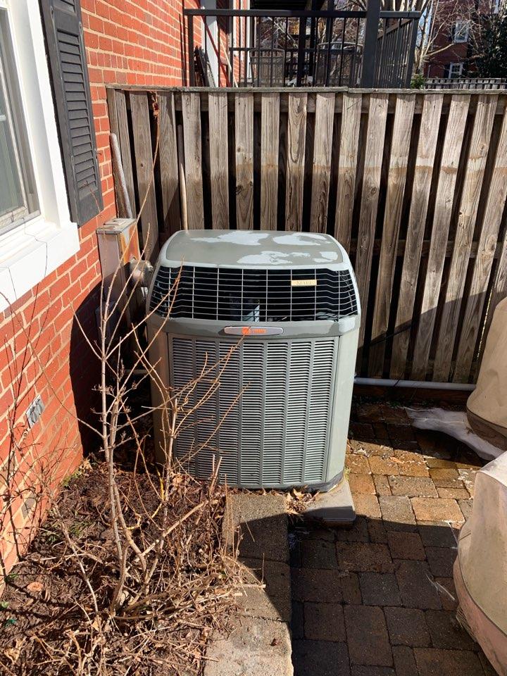 Arlington, VA - Performed preventive maintenance on Trane Heat Pump system.