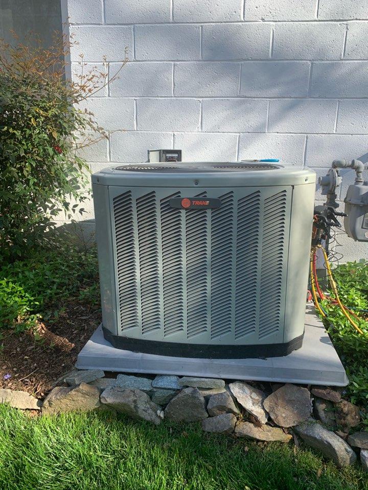 Springfield, VA - Performed preventive maintenance on Trane AC system.