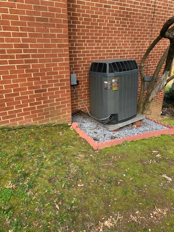 Alexandria, VA - Performed preventive maintenance on Trane AC system.