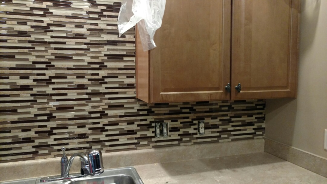 Helena, AL - Adding back splash today!