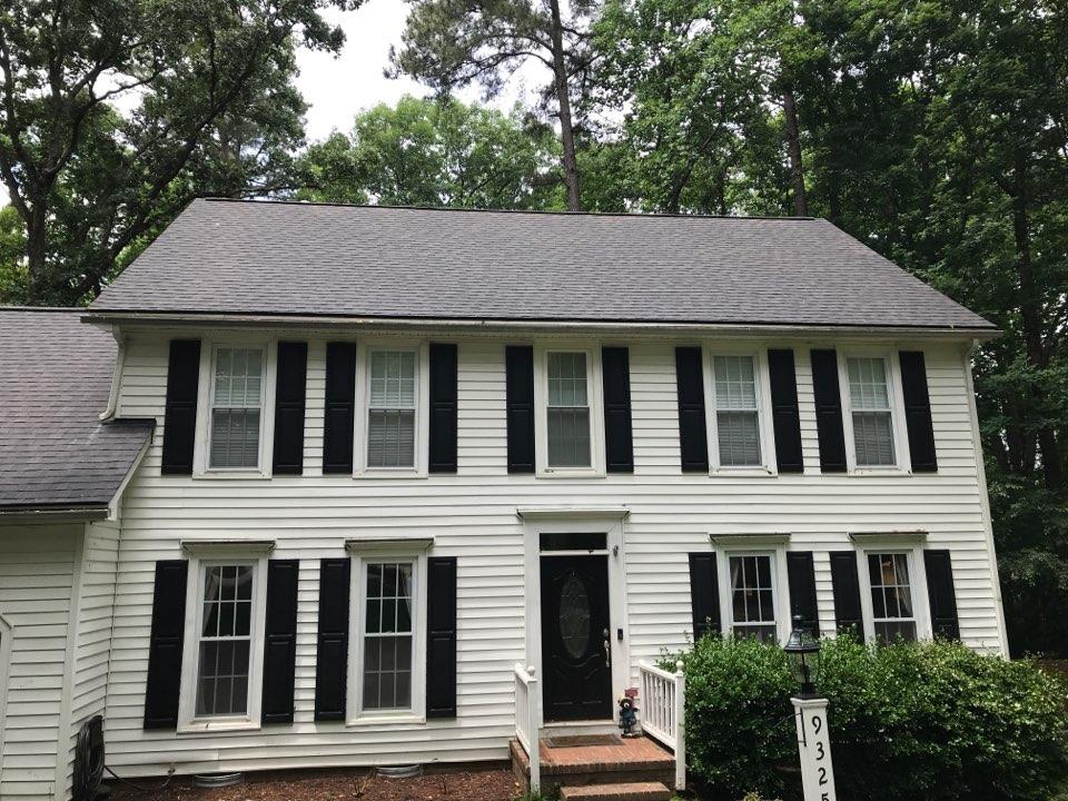 Raleigh, NC - New roof. Landmark charcoal