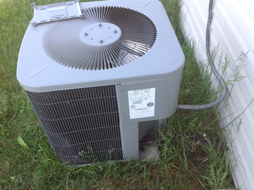 Chelsea, MI - AC scheduled maintenance cleaning and inspection