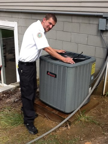 Munith, MI - Cleaning and checking a Amana A/C