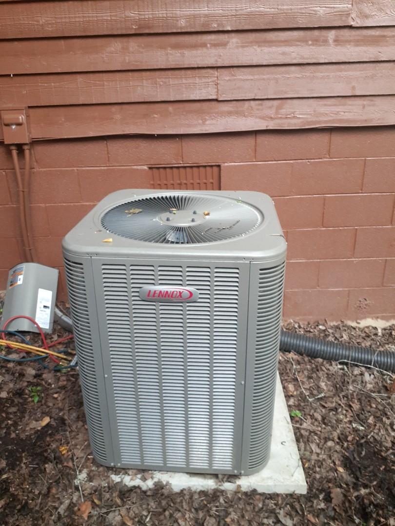 Mineral Bluff, GA - Lennox Heat Pump repair