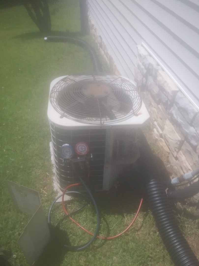 East Ellijay, GA - Carrier ac repair