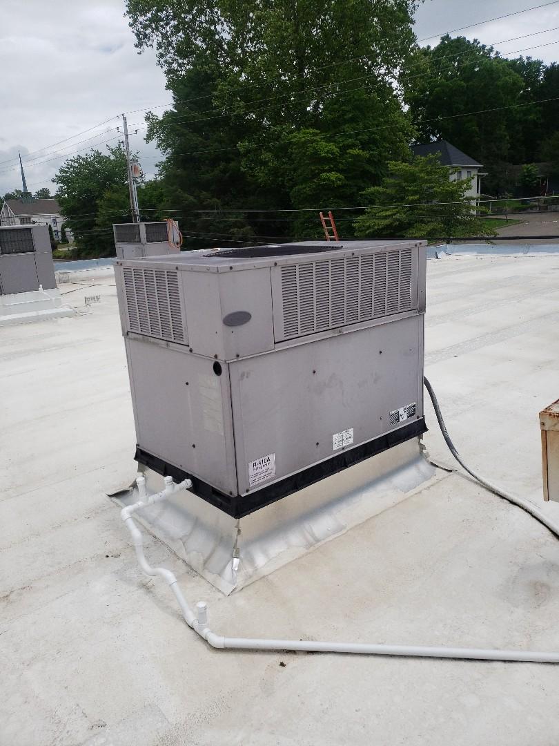 Blue Ridge, GA - Carrier Rooftop Package Unit Service