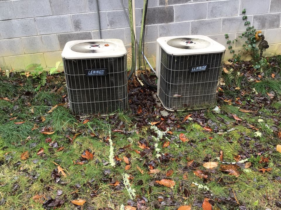 Blairsville, GA - Two Lennox duel fuel systems maintenance and filter change