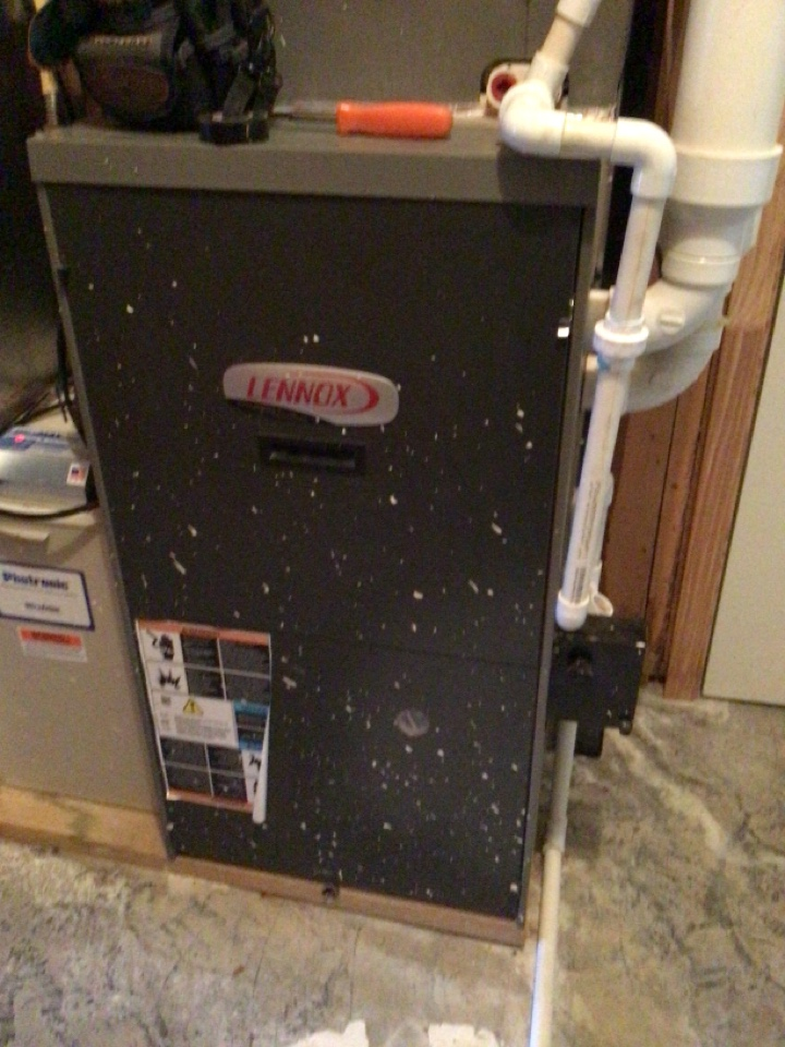 Blairsville, GA - Lennox duel fuel system maintenance and filter change