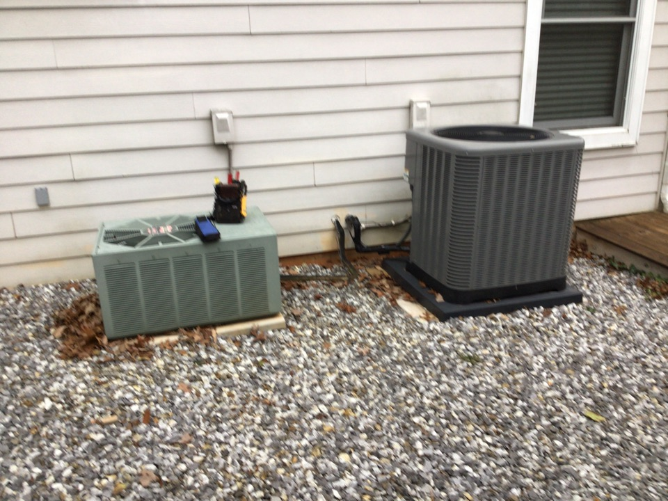 Blairsville, GA - Rudd heat pump duel fuel systems maintenance and filter change