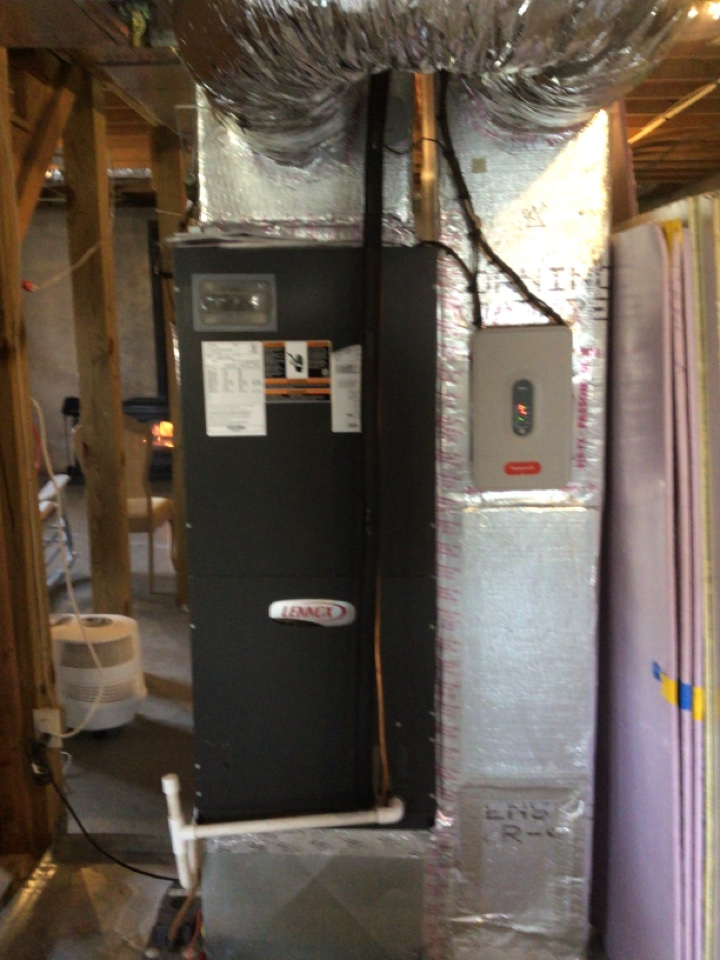 Blairsville, GA - Lennox heat pump maintenance and filter change