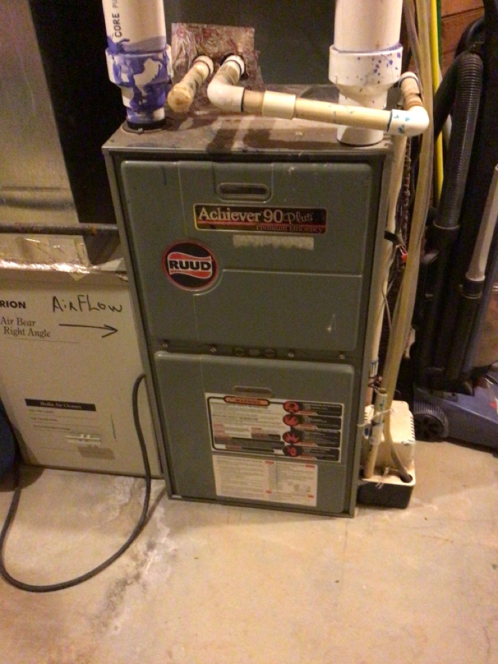 Morganton, GA - Rudd gas furnace maintenance and filter change