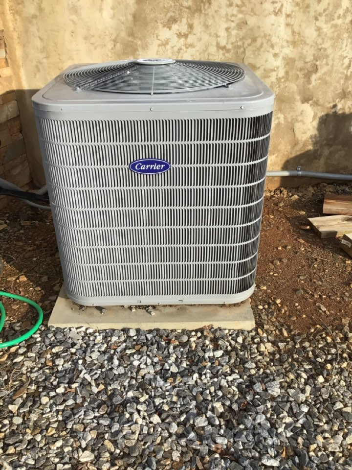 Blairsville, GA - Carrier duel fuel system and filter change
